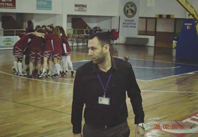 Derya ZEREN   Kadın Basketbol Koçu